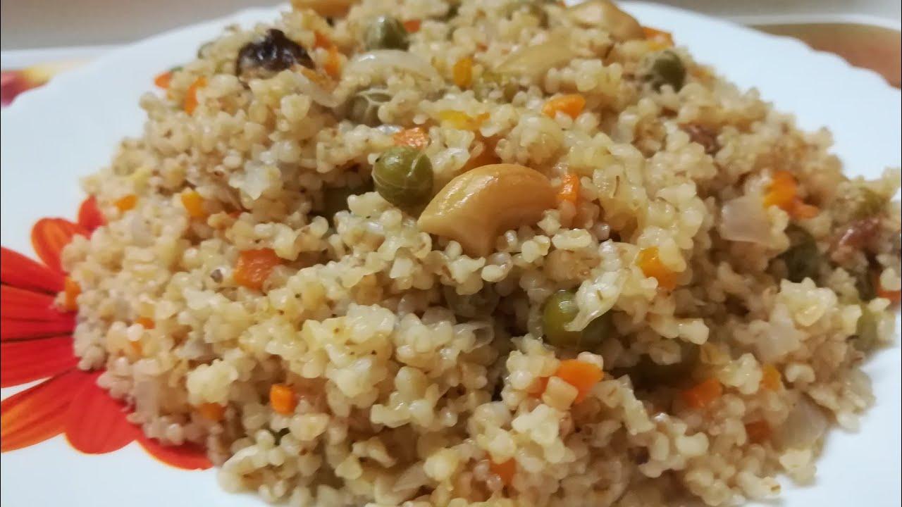 Nurukku gothambu pulao / Dalia pulao / Broken wheat pulao